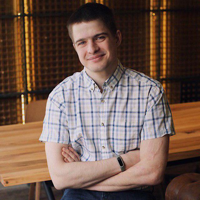 Антон Морев – fullstack разработчик, спикер, CTO и преподаватель